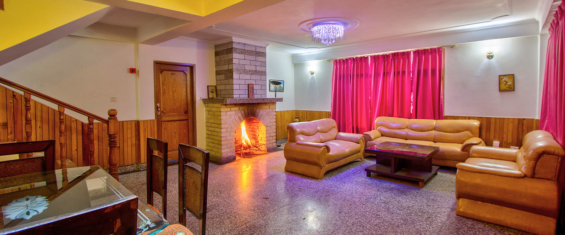 Luxury Cottage Sitting Area, Apple Bud Cottages Manali - budget cottages in manali