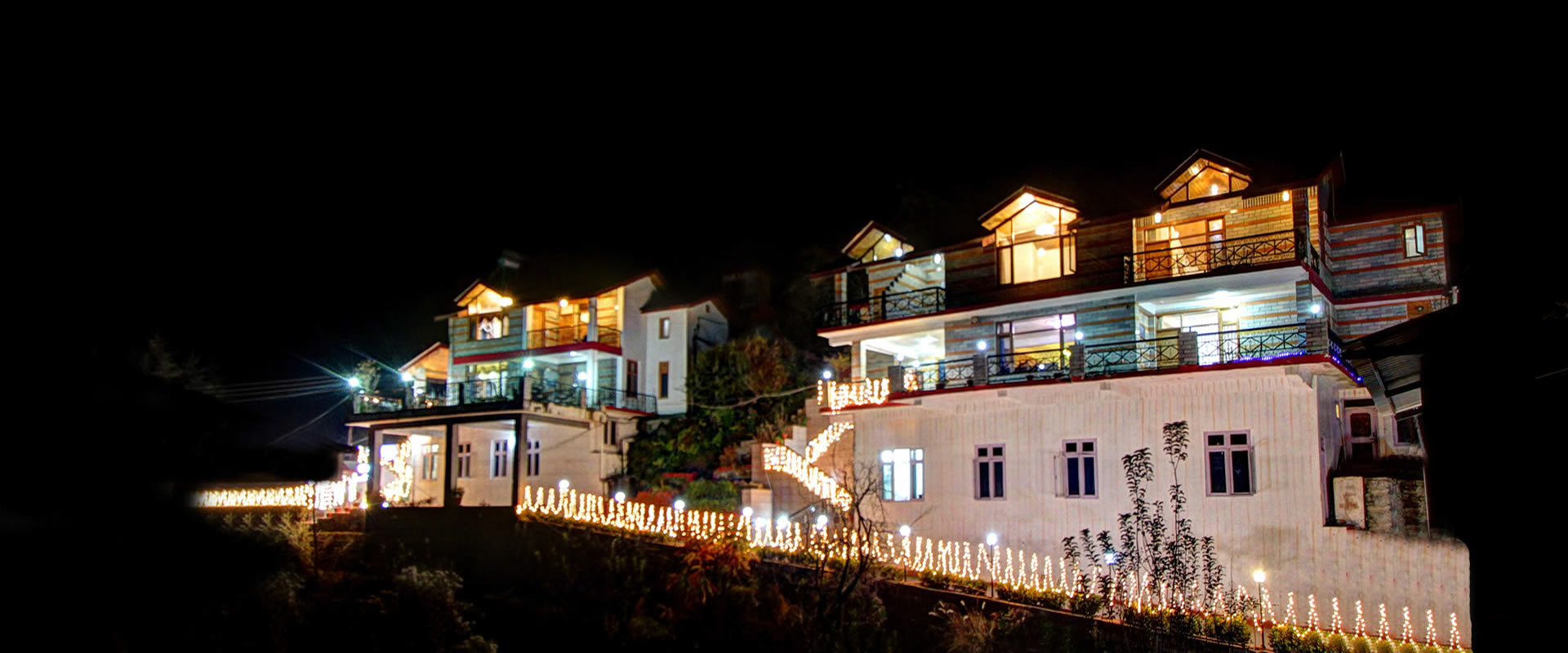 Apple Bud Cottages Manali - Better than any Hotels in Manali