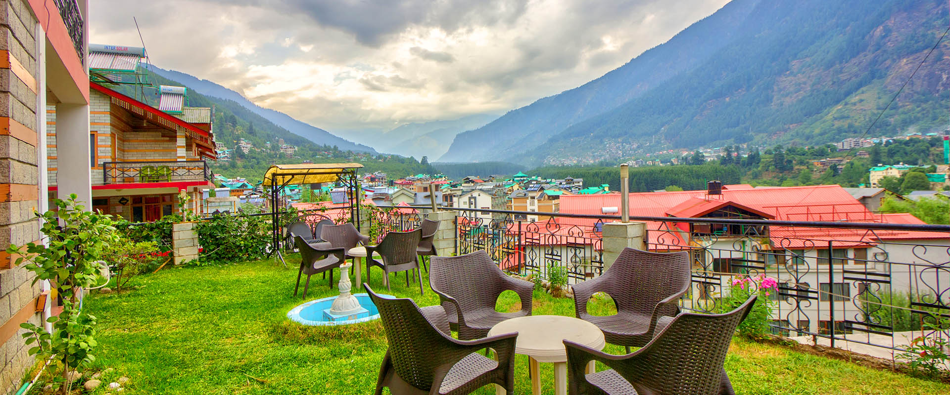 Restaurant - Serving Indian, Chinese & Continental Cuisines